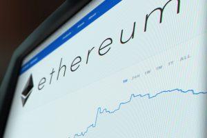ผลสำรวจเผยผู้คนส่วนใหญ่มองว่าราคา Ethereum จะกลับมาแตะ 1,000 ดอลลาร์อีกครั้ง