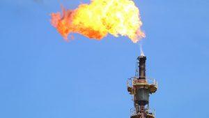 ราคาน้ำมันที่ร่วงจนติดลบ อาจส่งผลกระทบต่อนักขุด Bitcoin ที่ใช้ไฟฟ้าจากก๊าซเผาไหม้