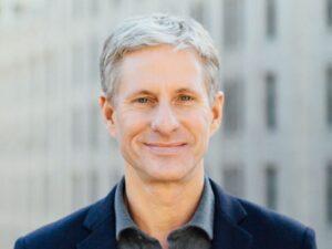 อดีต CEO ของ Ripple เคลื่อย้าย XRP มูลค่า 3.6 พันล้านบาท ท่ามกลางราคาที่ร่วงลง